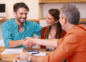 Benefits of cosigning a loan. Should I cosign a loan?